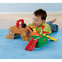 Fisher Price Little People Wheelies Play N Go Construction Site